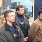Szijjártó Péterrel és Dr. Pap Sándorral, Kőbánya alpolgármesterével egy 2004-es megmozduláson